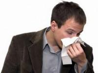 По каким причинам из носа течет кровь